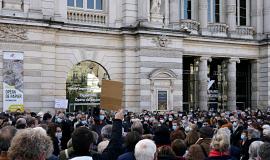 Manifestation après l'assassinat de l'enseignant Samuel Paty. © Pom'