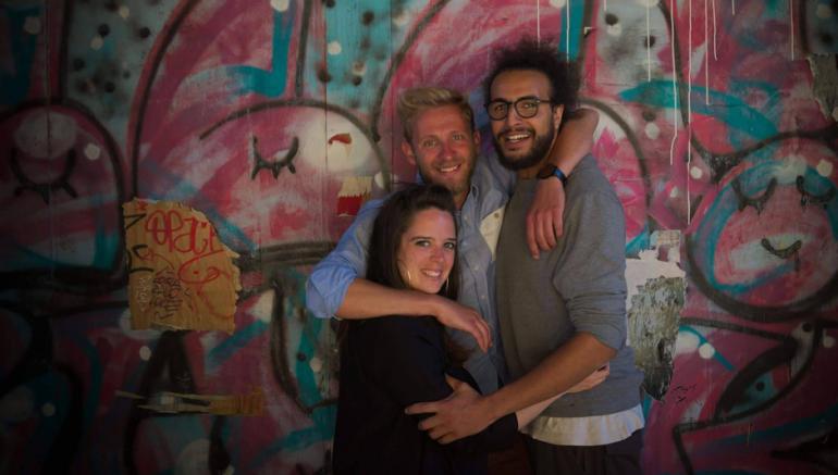 Lauriane Mordellet, Hervé Salesse et Tarik Bengrid, les trois auteurs du projet La Mélodie des cas sociaux.