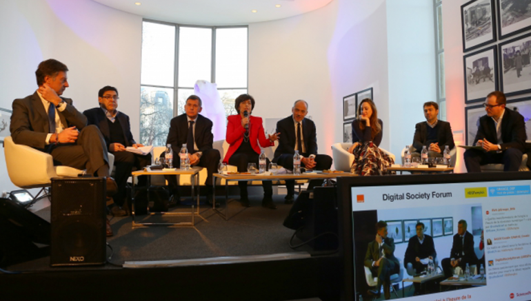 Table ronde organisée par le Digital Society Forum initié par le groupe Orange