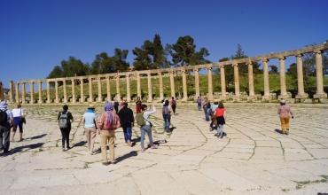 """Jerash, la """"Pompéi orientale"""", et l'un des plus beaux sites romains du Moyen-Orient."""