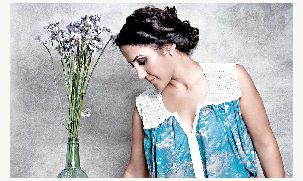 La chanteuse Anyur © Nadja Pollack