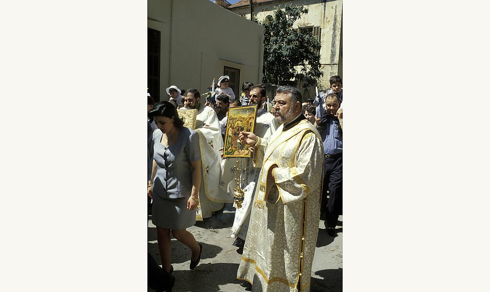 Procession de l'Eglise grecque orthodoxe de l'Annonciation à Beyrouth à l'occasion de la fête des Rameaux en 1998 IMA