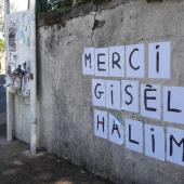 Hommage d'une féministe anonyme à Gisèle Halimi, placardée après sa mort en juillet 2020 © Mylenos
