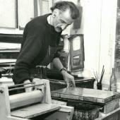 Le peintre libanais Shafic Abboud dans son atelier. IMA / D.R.